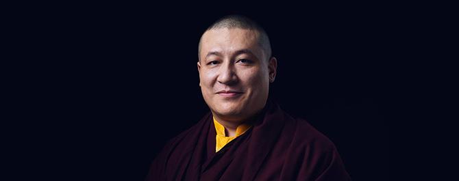Photo : Thayé Dorjé, Sa Sainteté le XVIIe Gyalwa Karmapa
